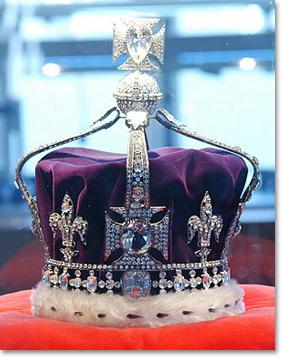 Le Koh-i-Noor, monté au centre de la couronne britannique.