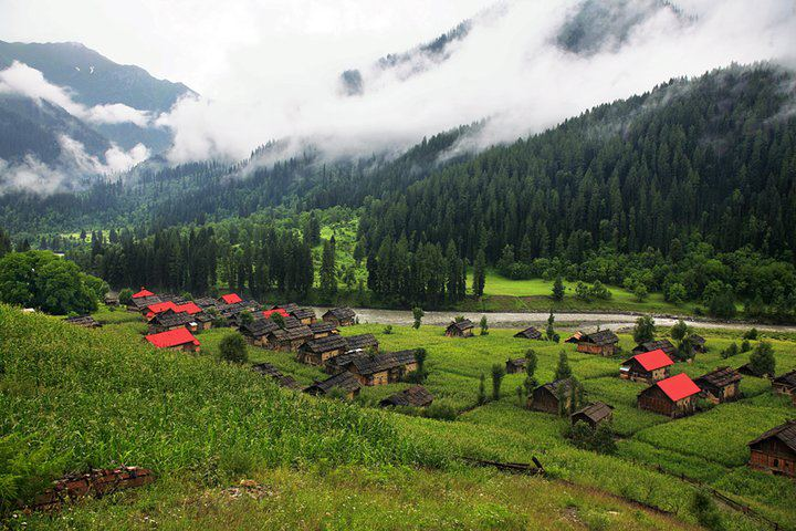 Vallée de Neelam au Cachemire pakistanais.