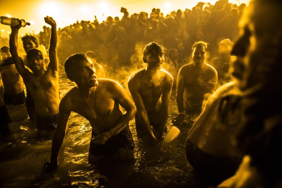 Bain sacré au croisement des fleuves