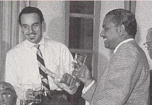 Bardu Ali (à gauche) avec Jonny Otis.