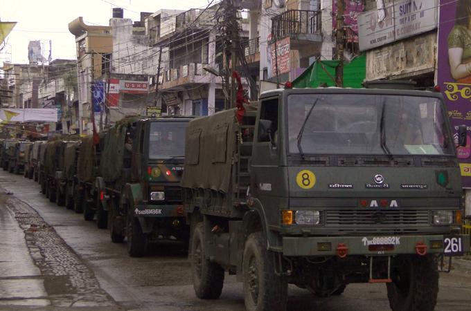 Un contingent militaire de près de 800 soldats a investit le district de Muzaffarnagar.