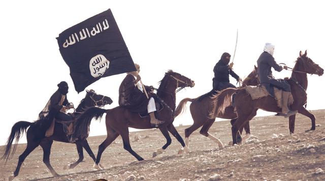 Combattants de l'OEI à cheval pour rappeler l'image des premiers conquêtes de l'Islam, Dabiq Magazine
